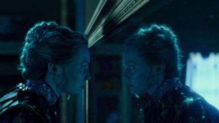 alice-através-do-espelho-11